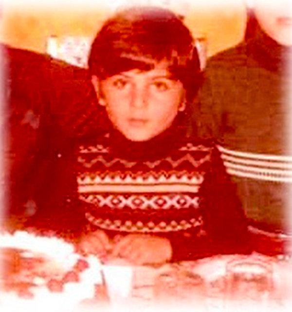 Tarkan: Çocukluğumdan bir doğum günü fotoğrafı - Magazin haberleri