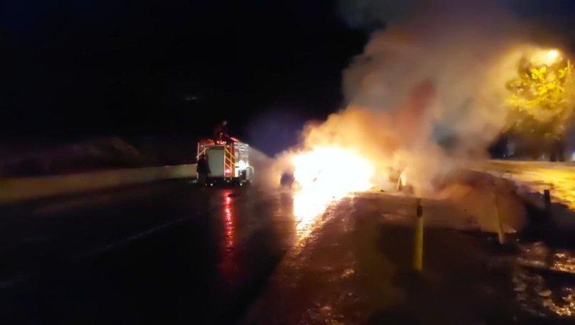 Korkunç kaza! Son dakika: İki araç çarpıştı, alevler geceyi aydınlattı - Haberler