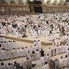 Mescid-i Haram'da sosyal mesafesiz ilk namaz