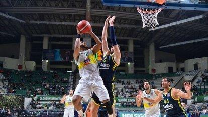 Bursaspor, Fenerbahçe'yi devirdi