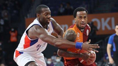 Galatasaray, Efes'i deplasmanda yıktı