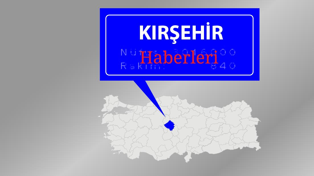 Kırşehir'de elektrik direğine çarpan sürücü yaşamını yitirdi