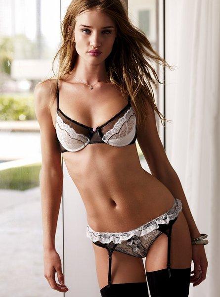Top Lingerie Model