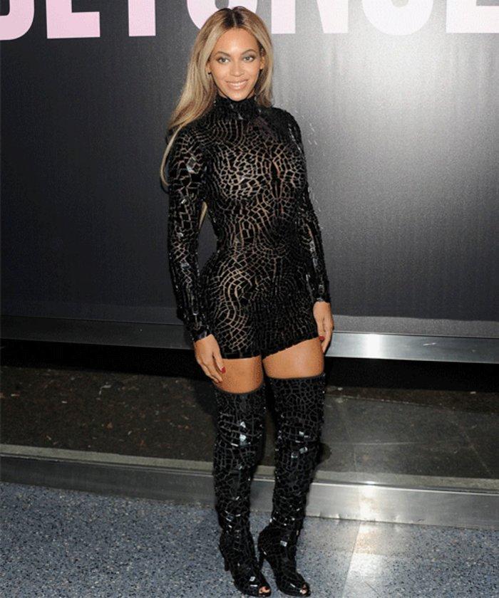 Beyonce geçtiğimiz akşam New York'ta yeni albümü için tanıtım gecesi düzenledi.