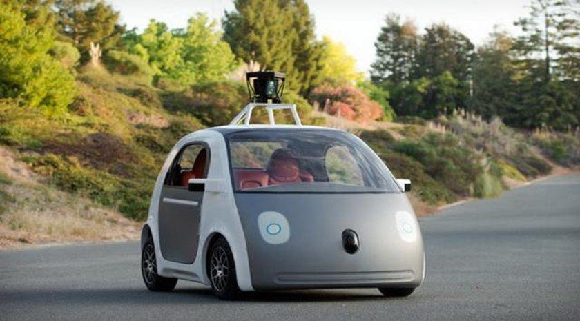 <p><strong>İşte 2050'nin Google sırrı!</strong></p>\n<p>A için Auto<br />Google'ın otomobil çalışmaları hızla sürüyor. Kendi kendini süren otomobillerle Google'ın Alphabet'inin A kısmını Auto (yani otomobil) oluşturacak.</p>