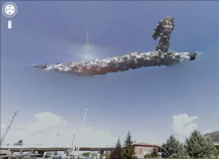 <p>İtalya'da açıklanamayan bulutlar</p>