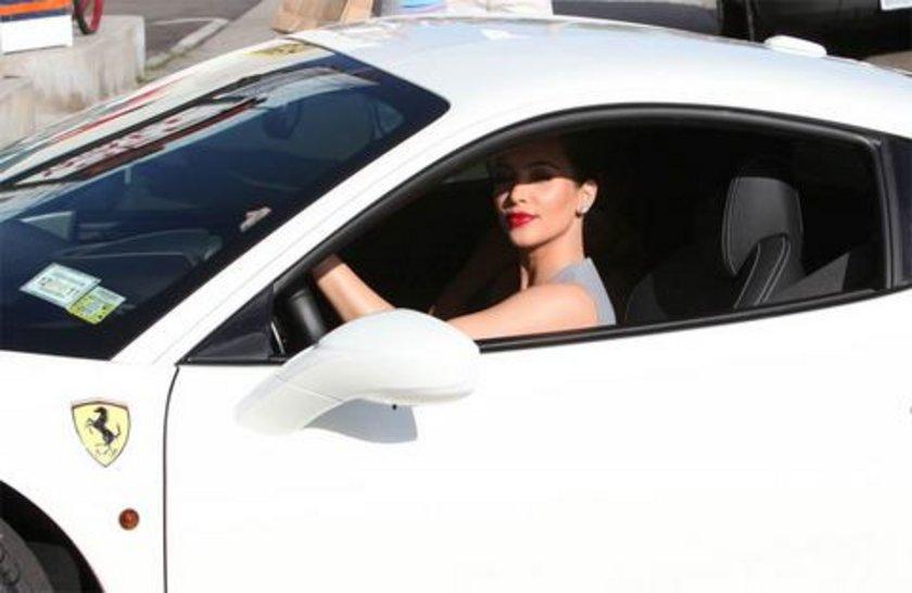Kim'in Ferrari