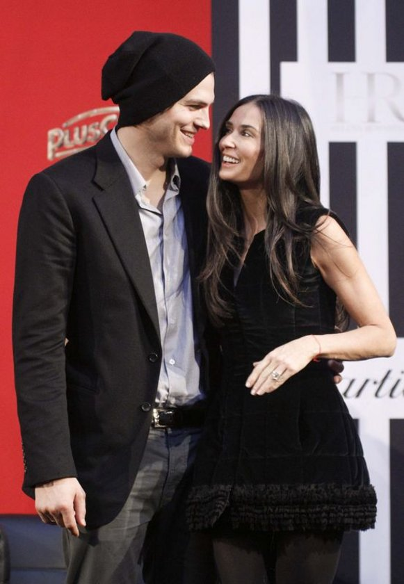 DEMİ MOORE - ASHTON KUTCHER