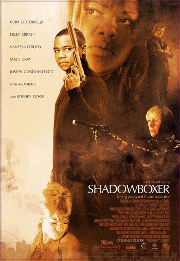 """5-Shadowboxer (2005)\n\nFarklı kuşaklardan iki kiralık katilin enseste varan hikayesinin stilize-masalsı temsili. Adeta bir renk kabaresi olarak görülebilecek eser; daha çok """"Acı Bir Hayat Öyküsü"""" (""""Precious"""", 2009) ile bilinen Lee Daniels'ın esas yönetmenlik becerisini gösterdiği yerdir. Aynı zamanda yönetmenin ilk uzun metrajlı çalışmasıdır. Cuba Gooding Jr. ile Helen Mirren'ın yüklendiği rolle oluşan 'alternatif kültürlerin gangster hikayesi'nin, 'hafif masalsı-gerçeküstücü' anlatı ile dengelenmesi ise tadına doyum olmayan bir görsel evreni beraberinde getirmiştir."""