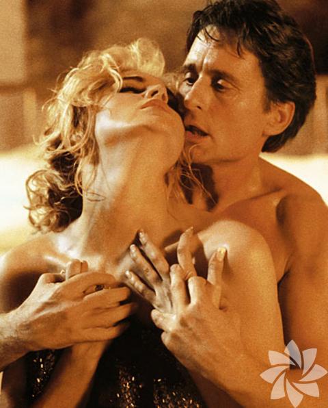 Zlenmesi Gereken Erotik Film Nerisi