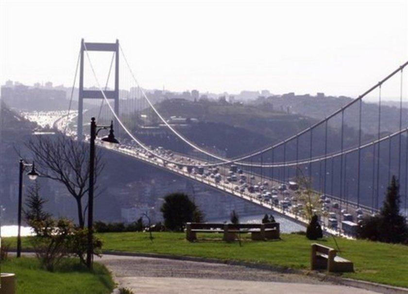 * 2. Boğaz Köprüsü yoktu.
