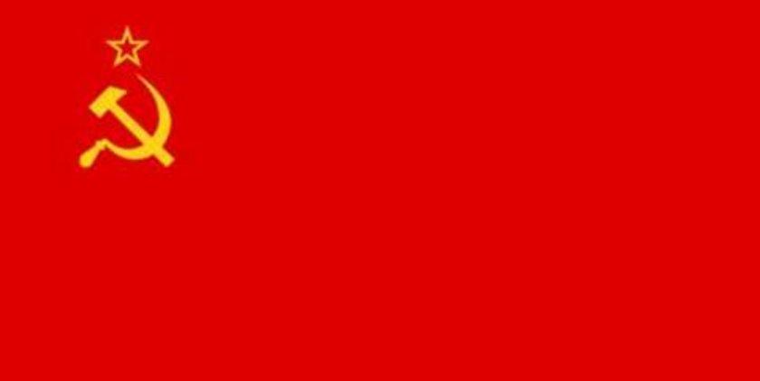 * Sovyetler Birliği dağılmamıştı. Almanya, doğu ve batı olmak üzere iki parçaydı; Berlin duvarı yıkılmamıştı.\n