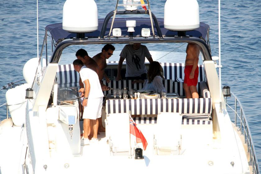 Teknede mangal keyfi