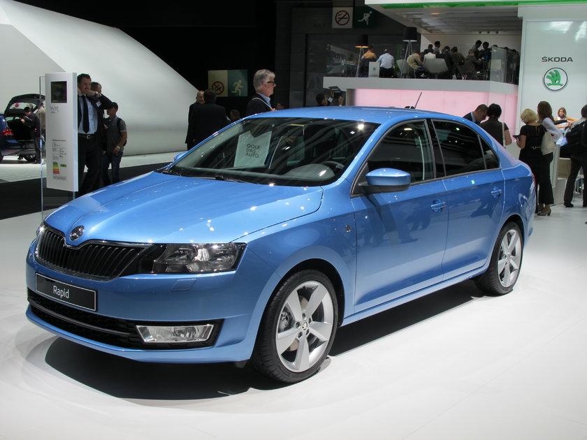 Büyük pazarları Türkiye ve Rusya olan C sedan modeller Peugeot 301 –Citroen C'Elyees, Skoda Rapid-Seat Toledo dışında, Renault Clio, Dacia Sandero, Logan ilk kez fuarda sahne aldı. \n