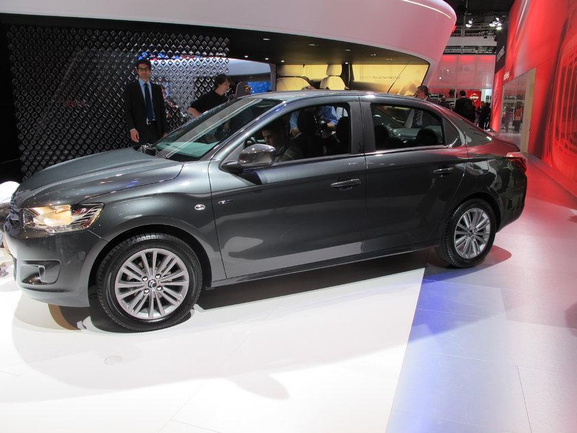 Büyük pazarları Türkiye ve Rusya olan C sedan modeller Peugeot 301 –Citroen C'Elyees, Skoda Rapid-Seat Toledo dışında, Renault Clio, Dacia Sandero, Logan ilk kez fuarda sahne aldı.