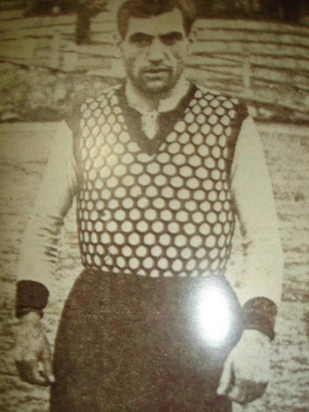GOLCÜLER Ezeli rekabette en fazla golü Beşiktaş'ın efsane kaptanı Hakkı Yeten attı.