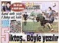 """3-""""Kadıköy'de tarihi fark"""" FB 1-5 BJK Wilson perdeyi açtı, Oğuz kapattı, Metin-Ali-Feyyaz yırttı. 1990 yılında Kadıköy'de ezeli rakiplerin buluşmasında Beşiktaş Fenerbahçe'yi süpürüp maçı 5-1 kazanırken, derbi tarihinin en farklı galibiyetlerinden birine imza atıyordu."""