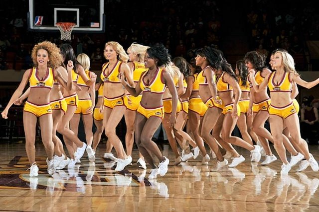NBA dansçıları