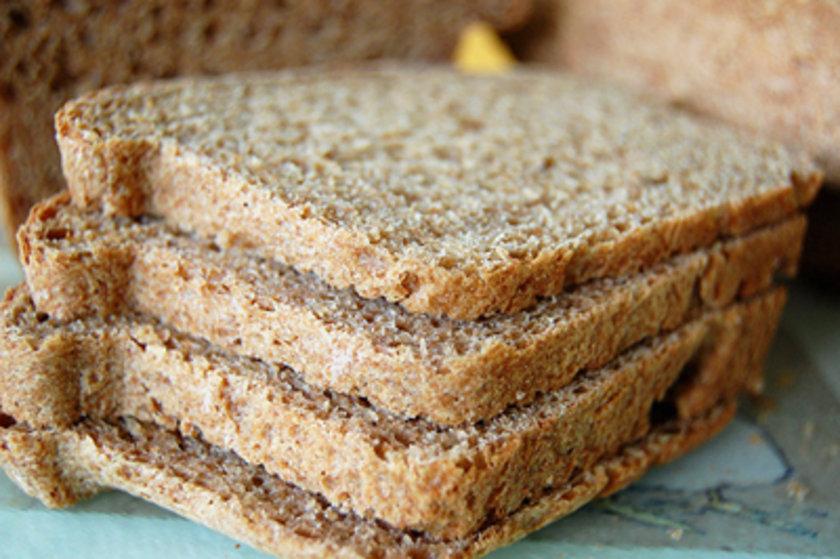 1 dilim kepekli ekmek 28 gr - 60 cal