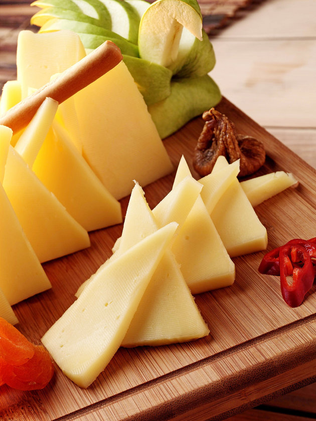 Kaşar peyniri(yağlı) 100 gr - 413 cal
