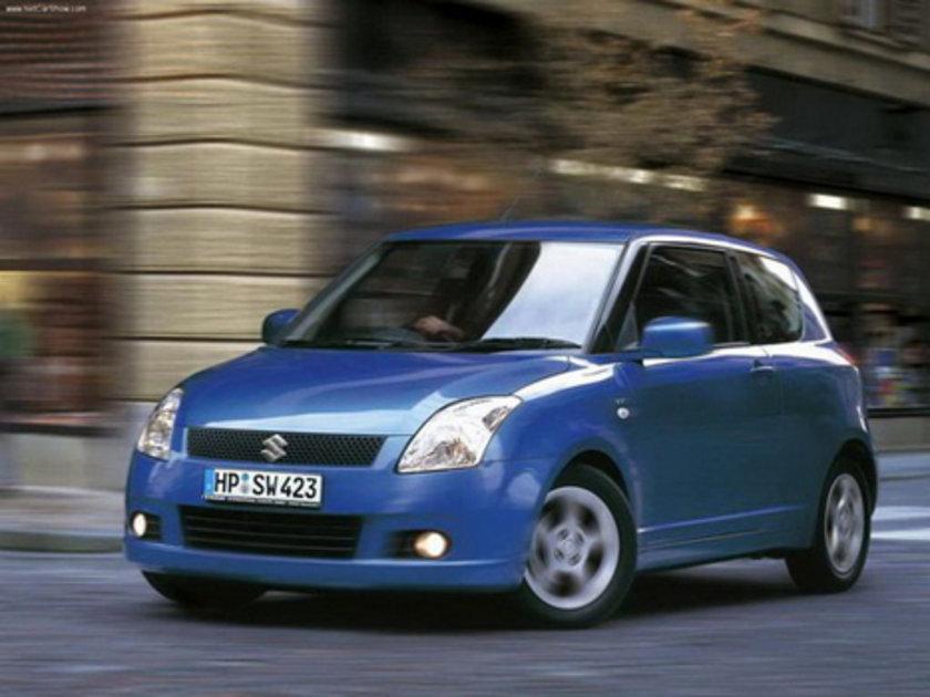 Suzuki Swift 1.2 GL 100 Km'de 5.0lt yakıt tüketiyor.