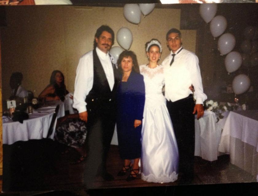7)\n\n3 Şubat günü ABD'li Sarai Sierra'nin cesedi Cankurtaran'da bulundu. Olayla ilgili 2'si kadın, 15 kişi gözaltına alındı. Üzerinden sürücü belgesi çıkan Sierra'nın başının ezildiği ve vücudunda bıçak yarası tespit edildiği belirtildi.