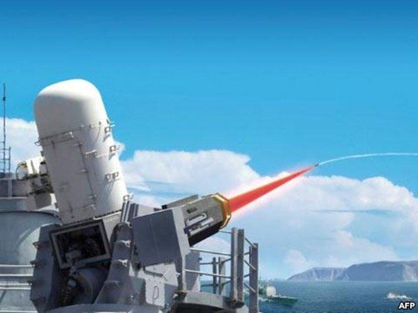 Geliştirdiği yüksek teknolojili ürünlerle Türk Silahlı Kuvvetlerinin vurucu gücünü artıran Bilim, Sanayi Teknoloji Bakanlığı'na bağlı çalışan TÜBİTAK, savunma sanayisinde devrim yapacak yeni bir projeye öncülük ediyor.