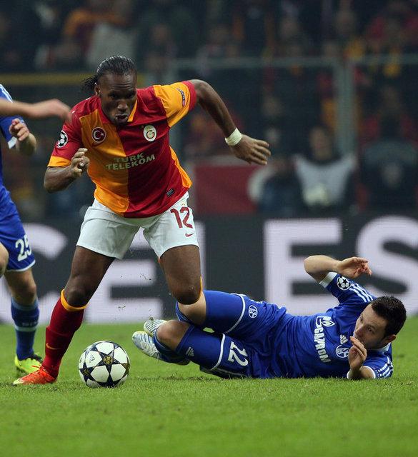 BİLD: Schalke, 'Cehennem Kazanı'ndan çıktı.