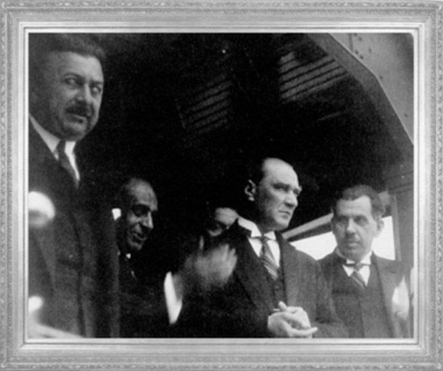 Mustafa kemal istanbul da kazım özalp ve şükrü bey ile 1927