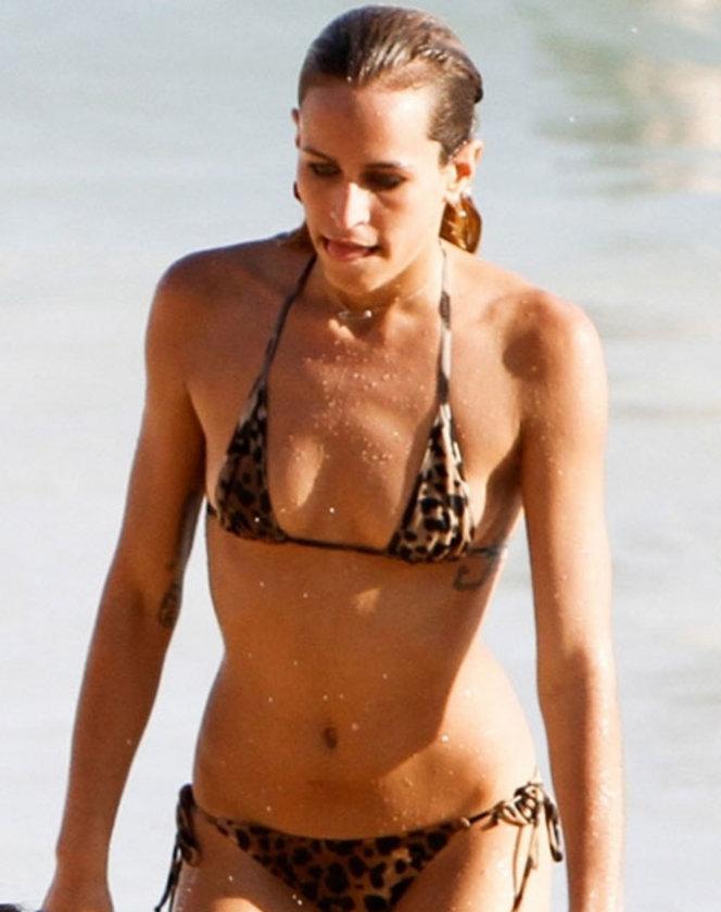 Rio'da bikini şov