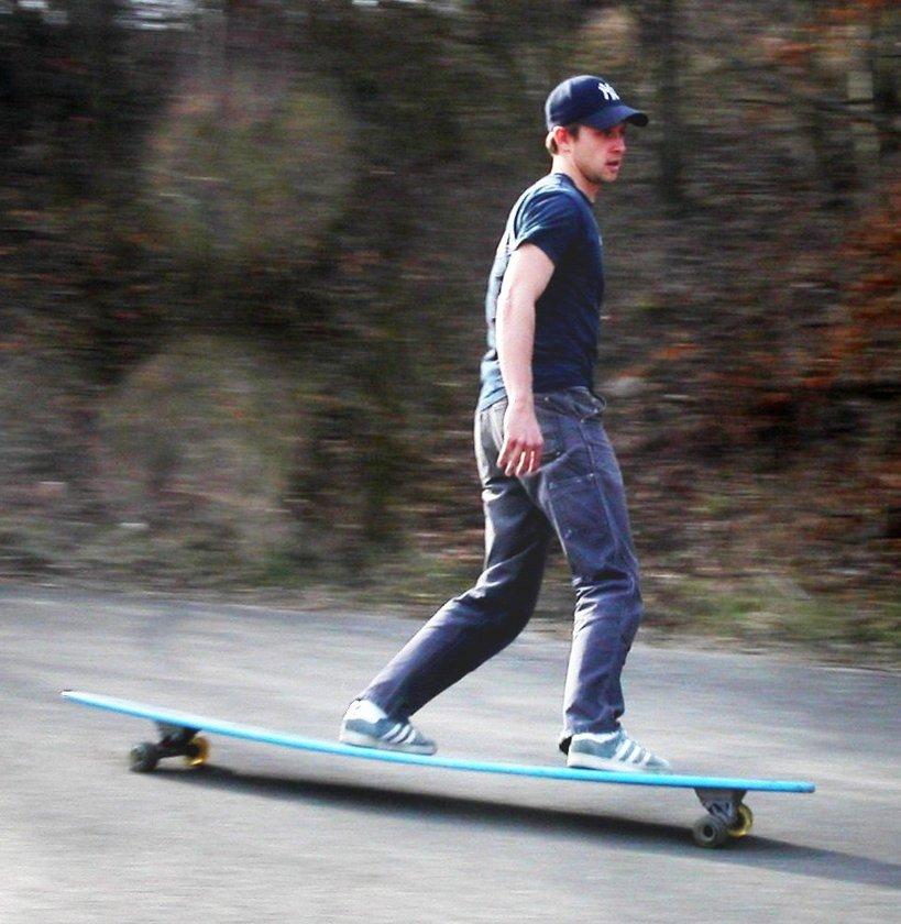 Skateboard - 30 dak - 180 kalori