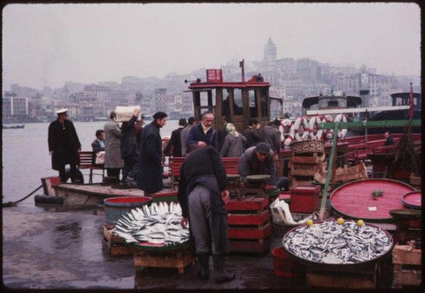 <p>Dünyaya son kere bakacaksın deseler, bu bakışı İstanbul'un Çamlıca'sından isterdim. (Lamartine)</p>