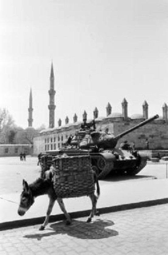 <p>Sultanahmet (27 Mayıs 1960)</p>