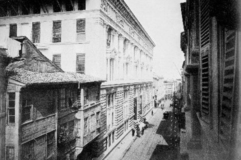 <p>Osmanlı Bankası, 1891-1892 (Karaköy)</p>