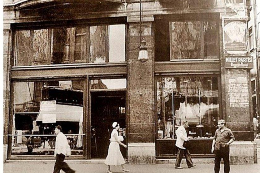 <p>İstiklal Caddesi 1950'ler</p>