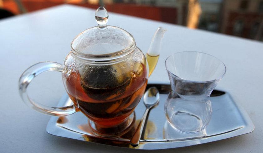 Şekersiz Çay: 1 kalori