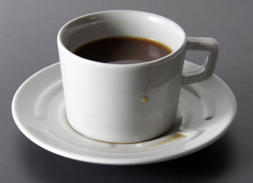 Şekersiz Kahve büyük fincanda: 1 Kalori