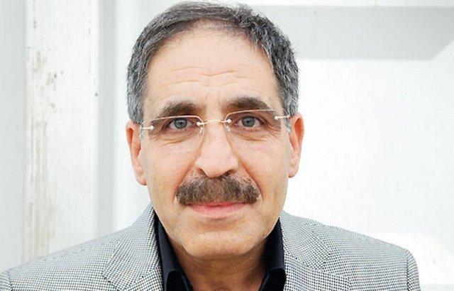 Muzaffer Ayata: PKK/KCK yöneticisi. Terör örgütü adına oluşturulan sözde Müdahale Grubu Türkiye Sorumlusu. Adam öldürmek suçlarından aranıyor.