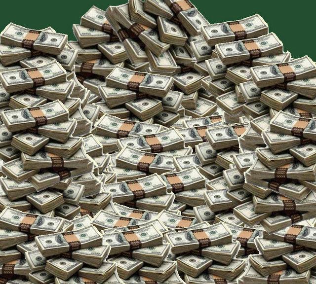 """Toplam Servet:  Forbes'in """"En Zengin 100 Türk 2013"""" listesinin sonuçlarına göre Türkiye'nin toplam serveti 2013 yılına gelindiğinde toplam 117,8 milyar dolar. Bu rakam geçen yıl 95 milyar dolardı."""