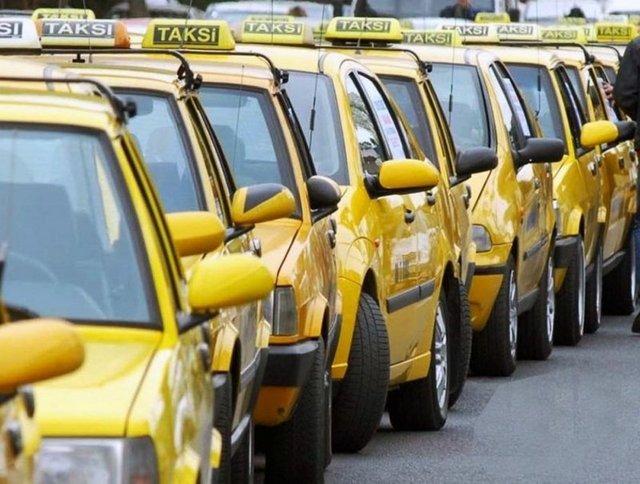 TAKSİCİLERLE İLGİLİ ŞİKAYETLER... Kısa mesafede iki katı ücret almak, taksimetreyi açmadan pazarlık ederek fazla ücret almak.