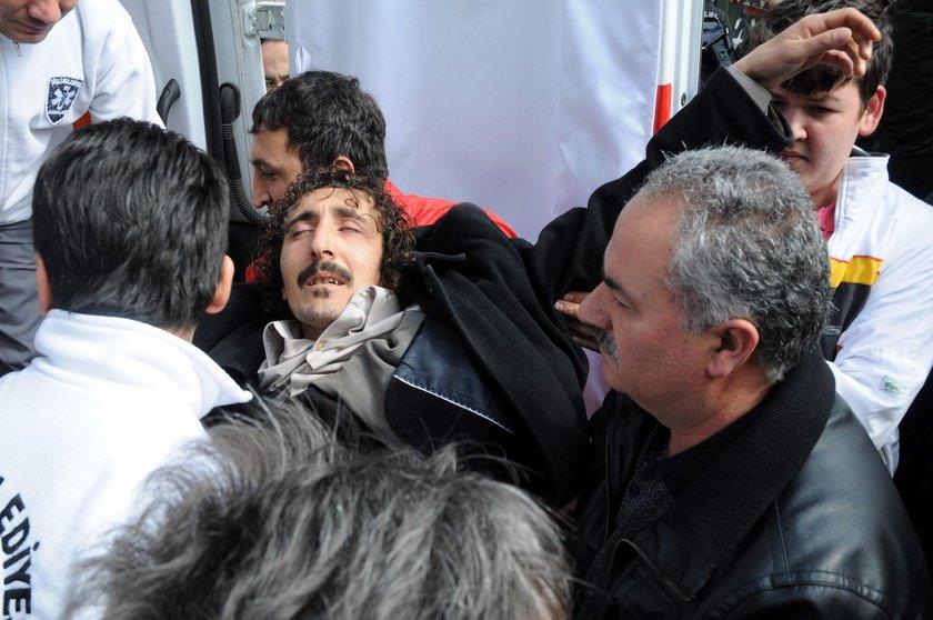 Müslüm Gürses'in hayatını kaybetmesinin ardından sevenleri, hastaneye akın etti...