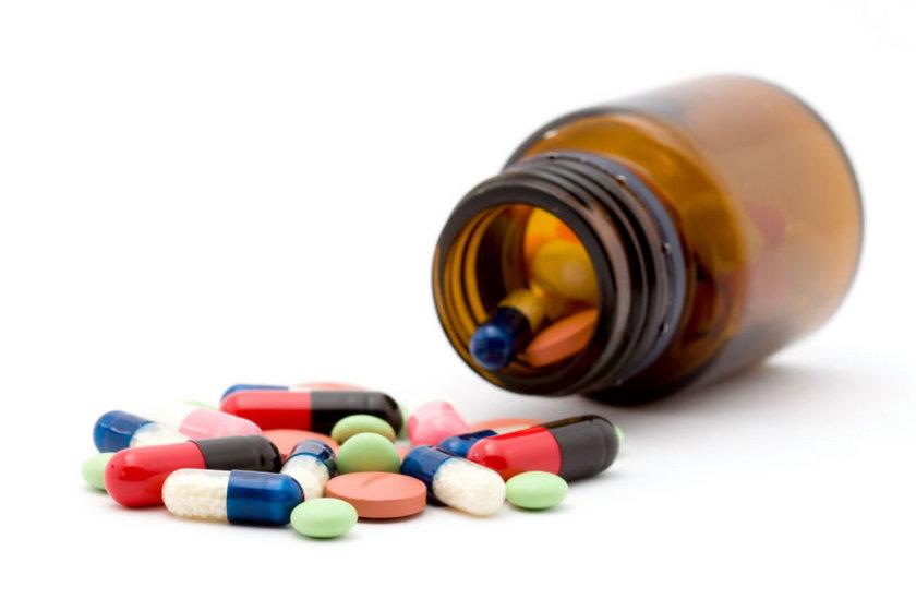 Antibiyotik kullanma nedenlerinin başında ise,yüzde 51'le soğuk algınlığı geliyor.