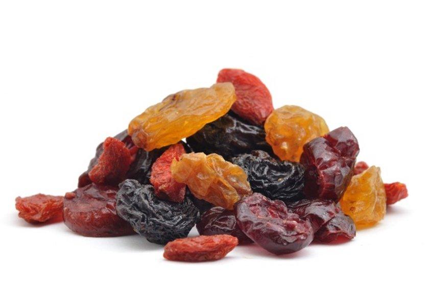 KURU MEYVE TÜKETİN-\nBu süreçte özellikle kuru meyveler öneriliyor. Bu yapılırken tüketim miktarına dikkat edilmesi büyük önem taşıyor. Kuru meyve tüketiminin sigarayı bırakmaya bağlı olan bağırsak yavaşlamalarını hızlandırdığı belirtiliyor. Sigaranın bırakılamamasının bir başka nedeninin de el alışkanlığı olduğuna dikkat çekiliyor.