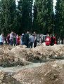 Murat Boz son yolculuğuna uğurlanan maden şehitleri için Soma mezarlığı'na gitti.
