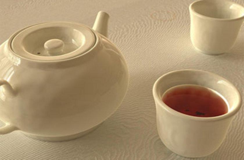 Akşam yemeğinden sonra su, ayran, şekersiz ve tatlandırıcısız limonlu çay, yeşil çay, tarçın ve karanfil çayları içilebilir.