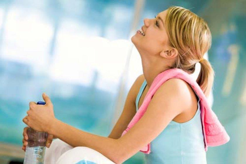 Düşük kalorili diyet ve fizik aktivitenin artırılmasının kilo verdirmediği, aksine kişileri bunalıma düşürdüğü yapılan çalışmalarla gösterilmiştir.