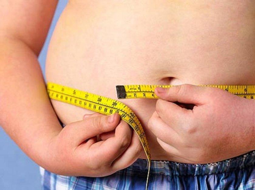 """'DOĞAL YAĞLAR VE KIRMIZI ET OBEZLER İÇİN SAĞLIKLIDIR'<br><br>\n\n""""Doğal yağla yapılan yemekler kolesterolün ve ensülinin sağlıklı, normal değerlere gelmesini sağlıyor. Bu sebeple doğal yağlar ve kırmızı et obezler ve diyabet hastaları için sağlıklıdır, zararlı değildir!"""""""