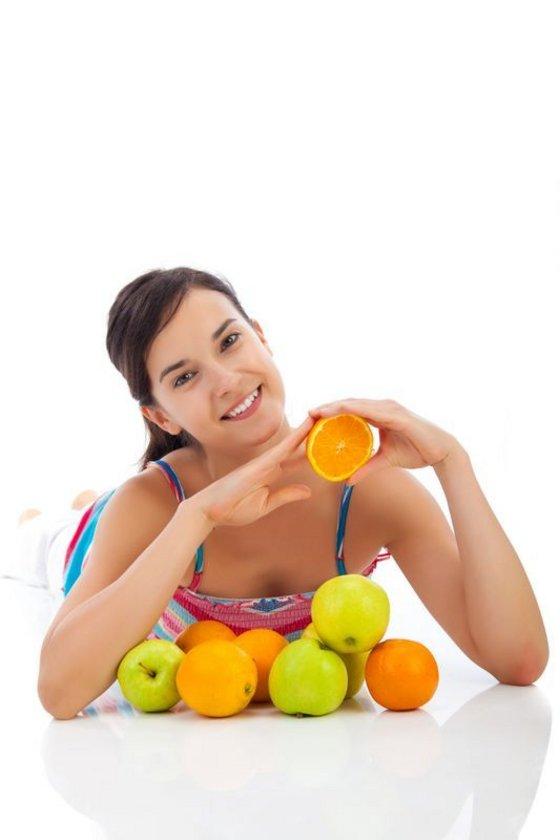 """""""Ayrıca halkımızın büyük bir kısmı sağlıklı sanarak, her gün neredeyse 2-3 kilogram taze meyve yiyor, ama kuruyemişten kilo aldırır diye uzak duruyor!"""""""