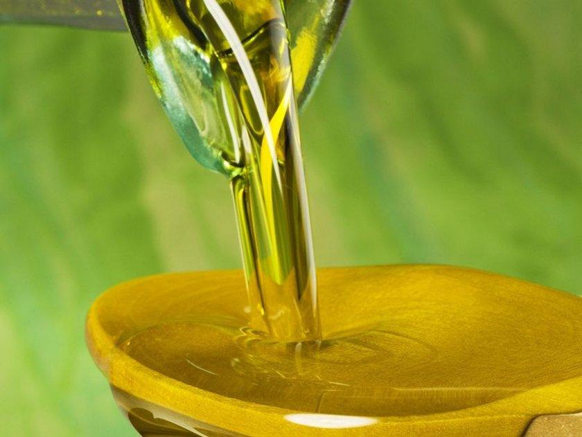 Vücudumuza sağlıklı yağ (doğal tereyağı, doğal sızma zeytinyağı) girmediği sürece birikmiş zararlı yağlarımızdan kurtulamayız!