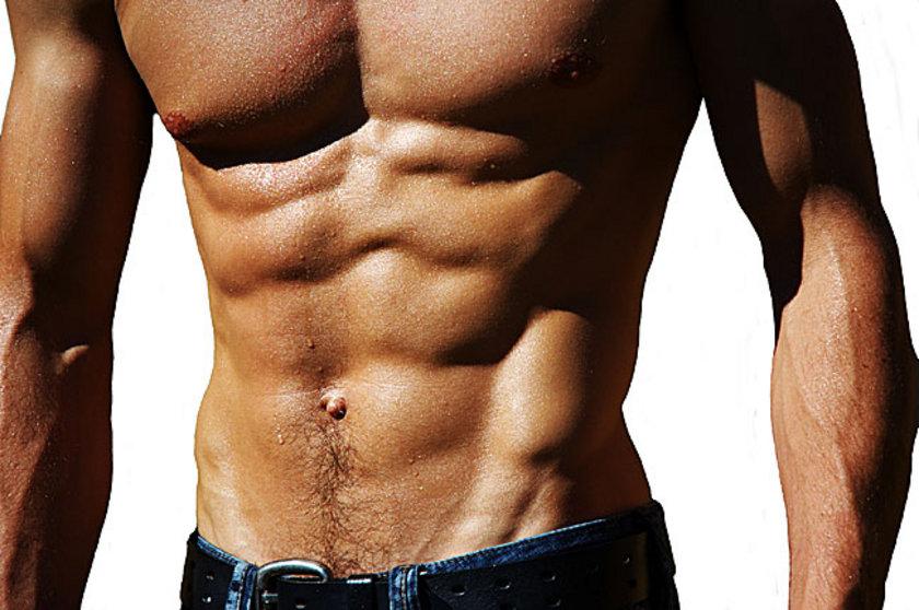 Oblik kaslarını geliştirmek için en iyi egzersizler gövdeyi döndürdüğünüz egzersizlerdir...